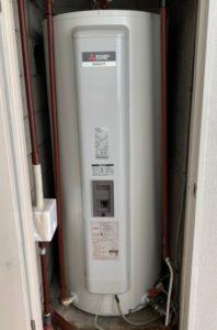 (施工後)東芝電気温水器 丸型 から三菱電気温水器 給湯専用タイプ 丸型 への入れ替え施工事例