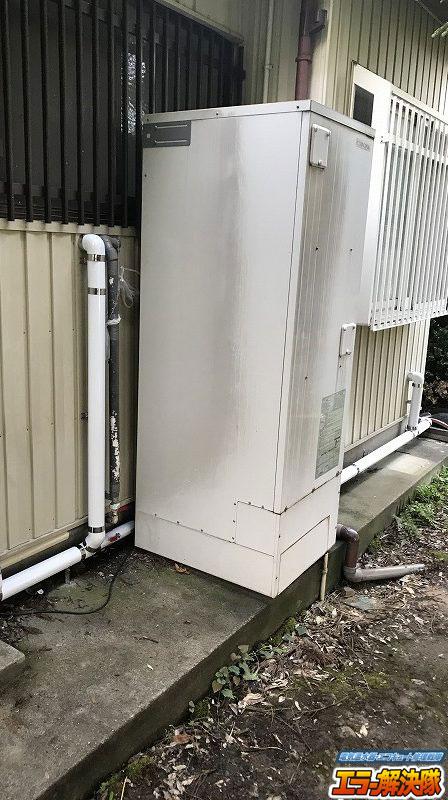 (施工前)コロナ電気温水器 給湯専用 からダイキン エコキュート 給湯専用らくタイプ への入れ替え施工事例